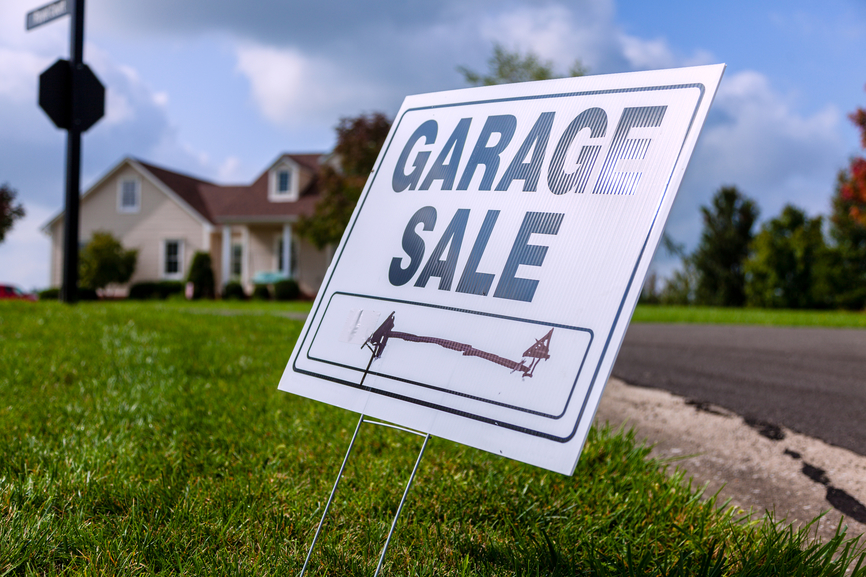 Our Kamloops movers offer tips for hosting a pre-moving day garage sale.